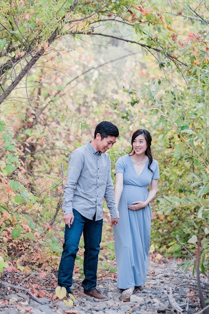 Romantic maternity photos in Orange County CA park